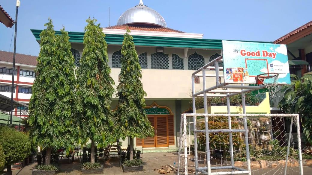 masjid_sma_n_103